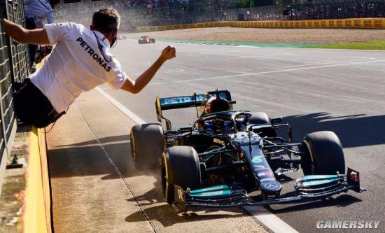 五菱宏光在F1赛道大战法拉利 这合理么?